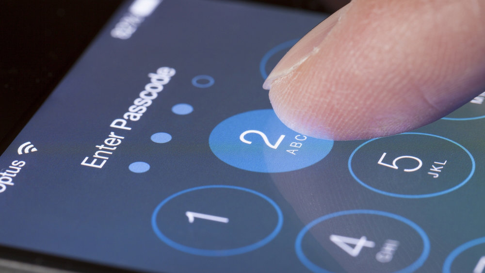 Семилетний ребенок смог обмануть папин iPhone