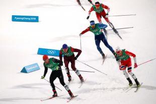 Лыжники Большунов и Спицов выиграли серебро в командном спринте на ОИ