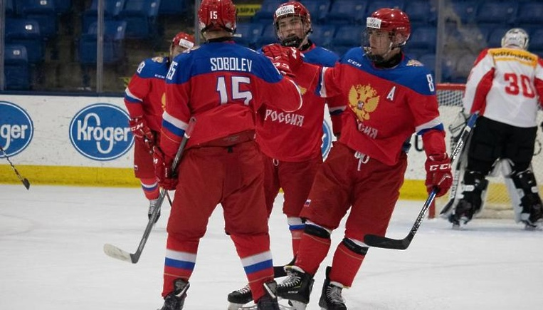 Хоккеисты «Витязя» в составе…