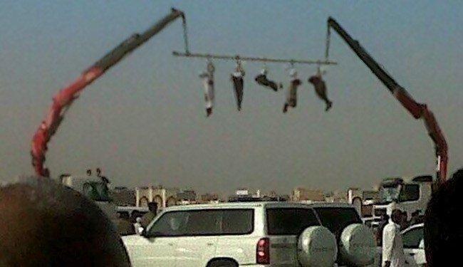В Йемене, стране, где также крайне сложно вести подсчет смертных казней осужденным обрубают голову, а тело вывешивают на всеобщее обозрение Смертная казнь, споры, факты, цифры