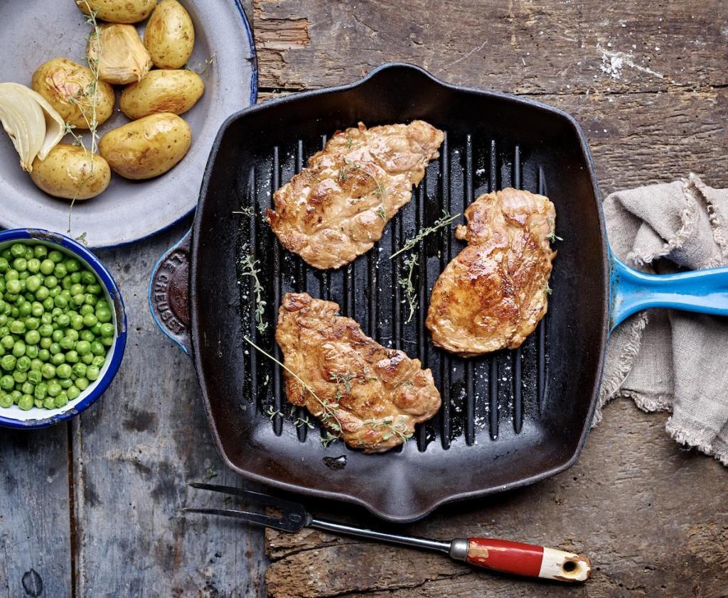 Как готовить эскалоп из свинины на сковороде: рецепт и советы по приготовлению