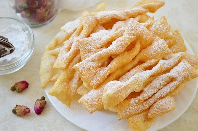 Хрустящее печенье «Хворост» на водке