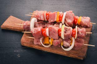 Мясо или лук с маринадом? Результаты экспертизы свиного шашлыка