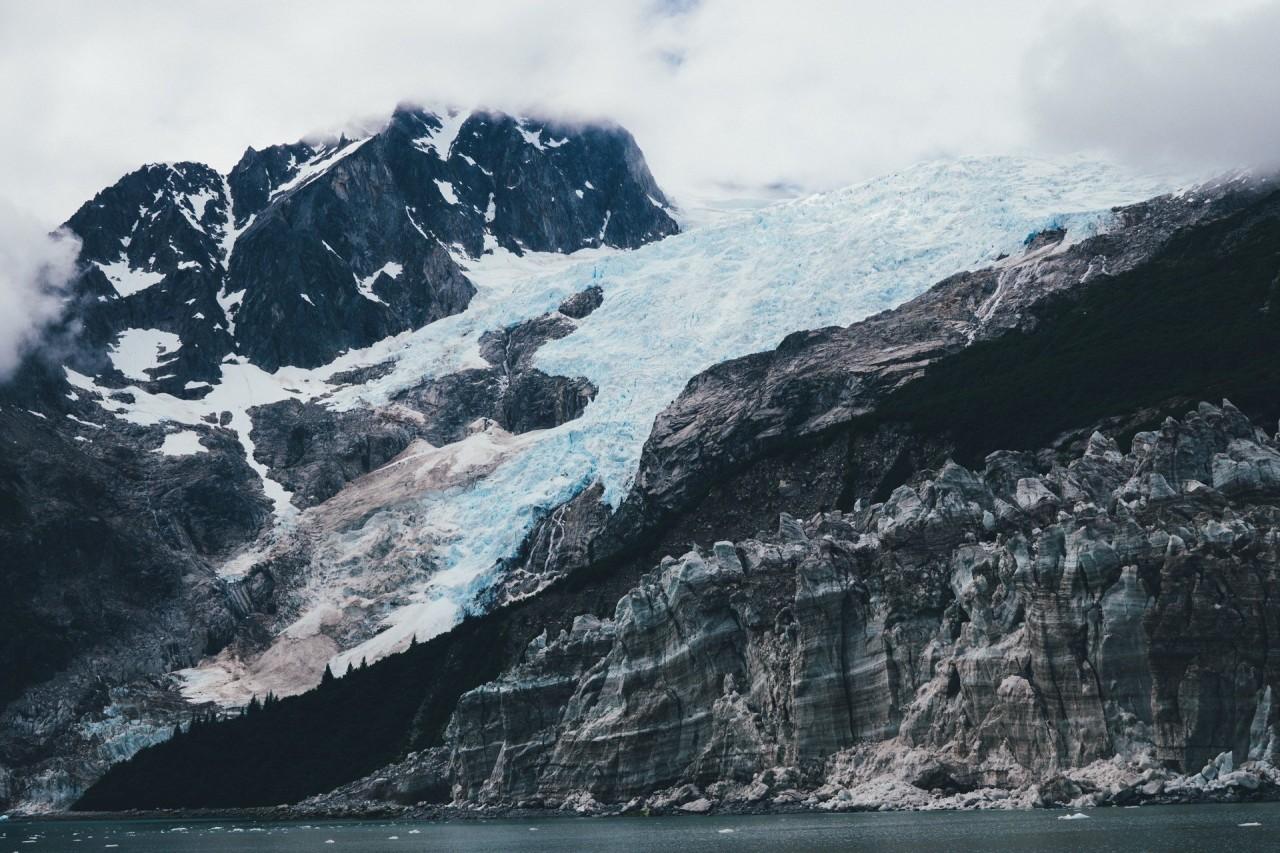 Еще один снимок из национального парка Кенай-Фьордс, Аляска. Фотограф - Филлип Сауэрбек красивые места, красота, ледник, ледники, природа, путешественникам на заметку, туристу на заметку, фото природы