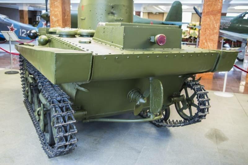Рассказы об оружии. Малый плавающий танк Т-37А