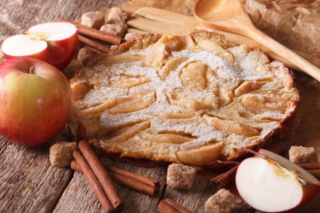 Омлет с яблоками: рецепт приготовления с фото