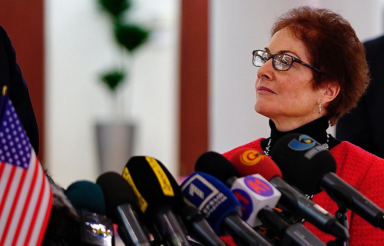 Главным защитником русских на Украине становятся США
