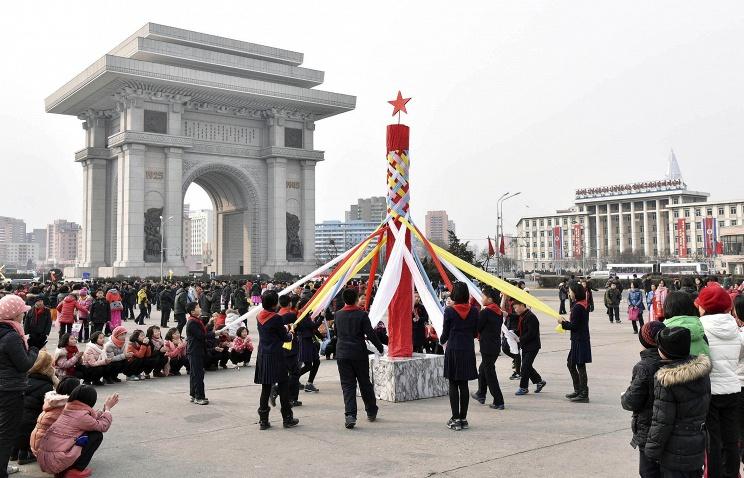 МИД КНР: новые санкции ООН против Пхеньяна не повлияют на сотрудничество мира с КНДР