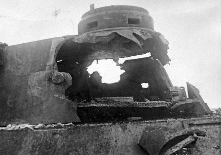 Башня танка PzKpfw 4 после попадания 152-х мм снаряда ИСУ -152 #Фотографии, #история, #факты, .война