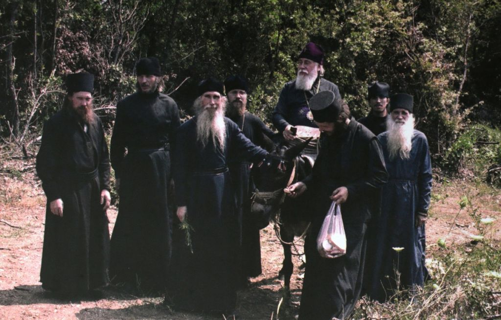 Что предсказывали России афонские старцы