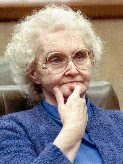Пансионат смерти Доротеи Пуэнте: жуткая история -доброй- старушки
