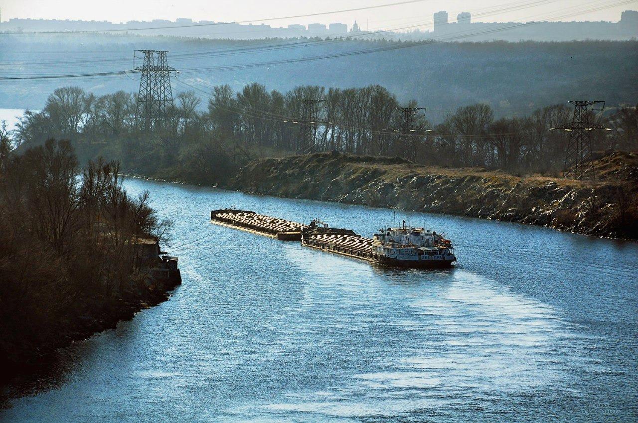 Украина намерена возродить речные грузоперевозки, но за чужой счет Китай,Реки,Украина,Экономика,Украина