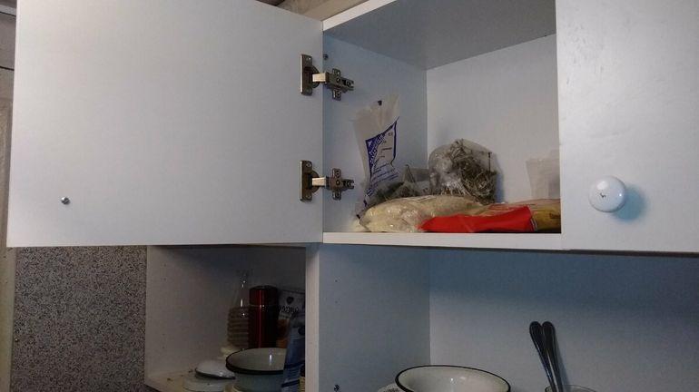 Кухня из Леруа Мерлен за 4,5 тысячи. Зашла к соседям посмотреть, как она изменилась за четыре года домашний очаг,интерьер,ремонт,рукоделие,своими руками