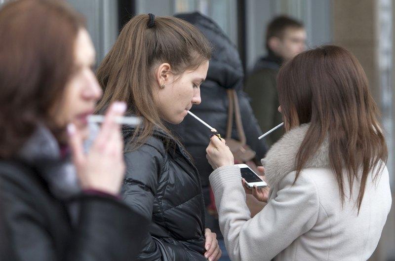 Что произошло с людьми? Это такие вот последствия закона о борьбе с курением?