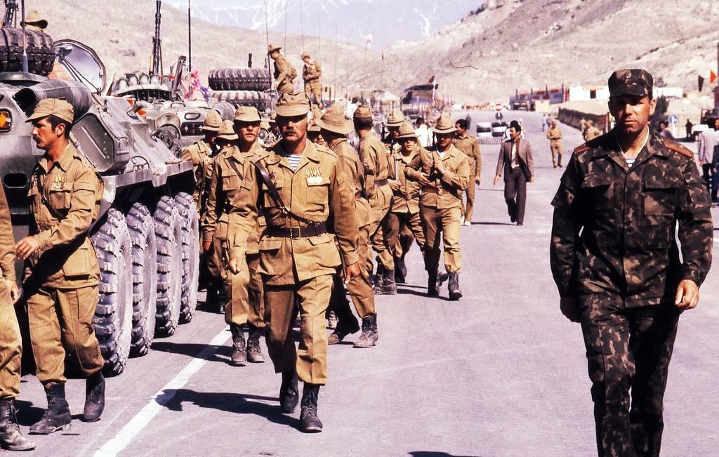 образом накопили фото советских военных в афганистане разместила