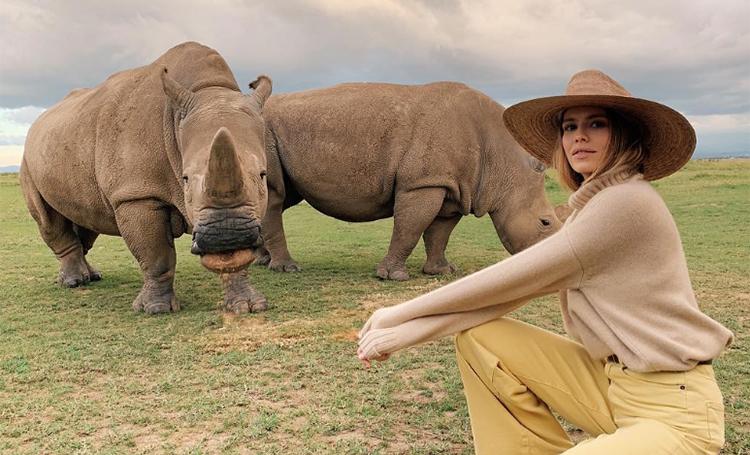 Исчезающий вид носорогов, масаи и лучшие закаты: как Елена Перминова путешествует по Африке во имя спасения животных