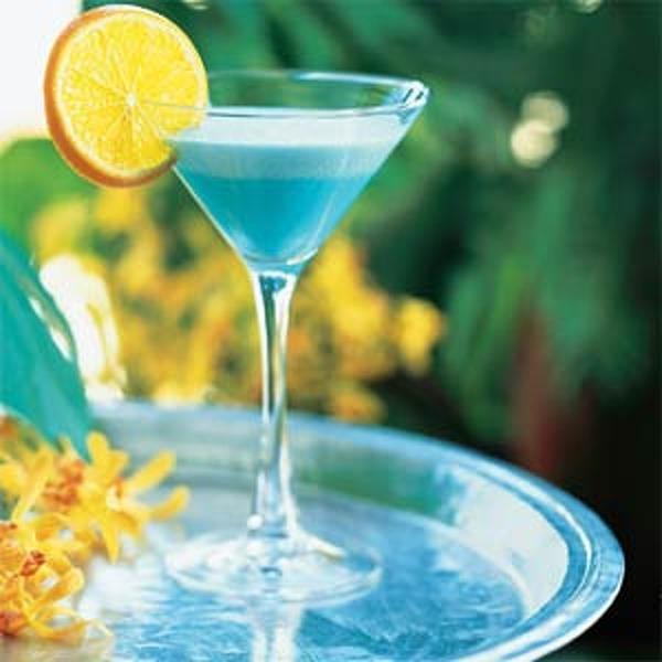 Спиртные напитки.  Коктейль …