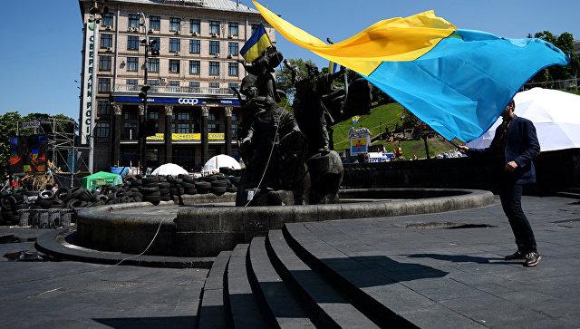 Нелепость и маразм: российские партии ответили на санкции Киева