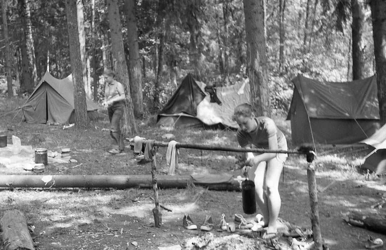 Рассказы секс в пеонер лагере, Пионерский лагерь - эротические рассказы 23 фотография