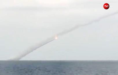 Видео ударов российской подлодки по объектам террористов в Сирии