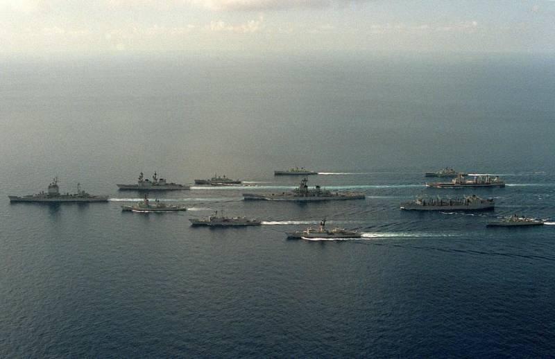 О «Морской стратегии» США 80-х от её создателей: интервью с Джоном Леманом вмф