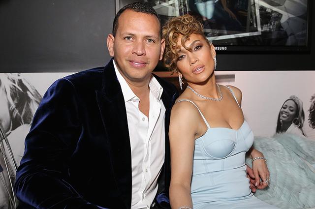 Инсайдер рассказал, когда состоится помолвка Дженнифер Лопес и Алекса Родригеса: