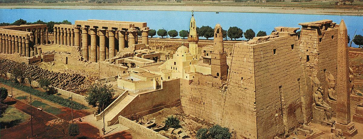 Храм в Луксоре. Источник изображения: allowwonder.com