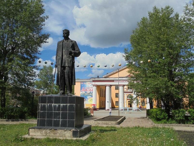 месте временной памятники черемхово фото с описанием людей, занимающихся