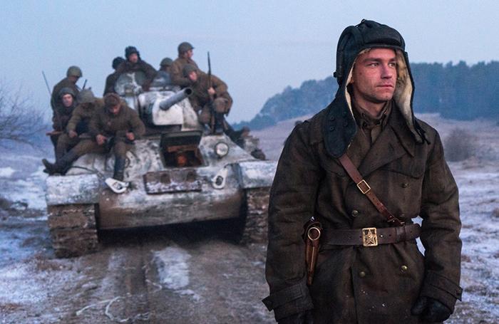 «Капитулянты, которые первыми бежали в 41-м» — Мединский ответил критикам фильма «Т-34»