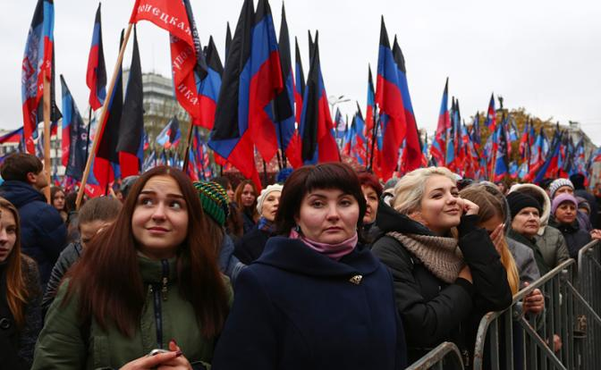 Кремль не хочет признавать ДНР и ЛНР, чтобы не потерять Украину