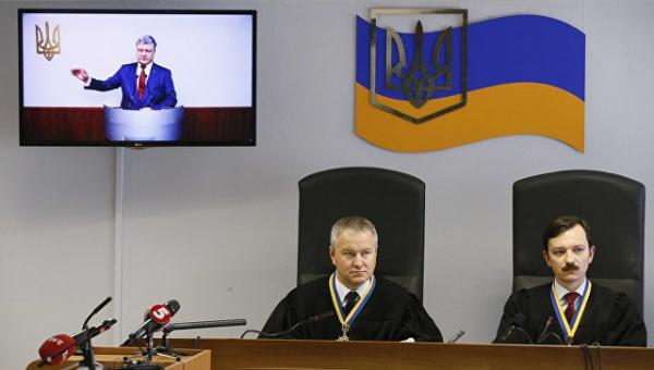 «Видел своими глазами»: испуганный Порошенко успел заметить российских военных в Крыму