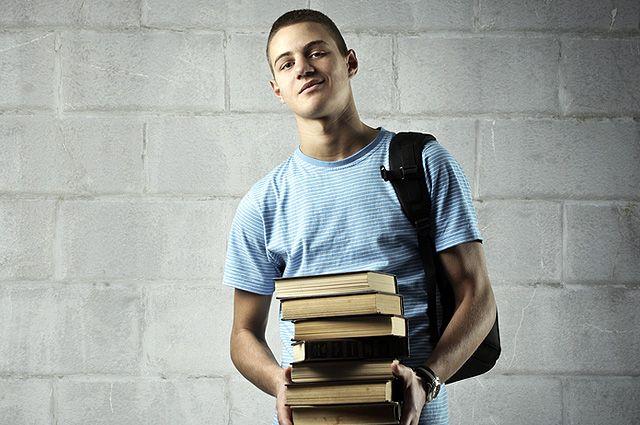Книги для взрослых. Насилие, курение и криминал в школьной программе