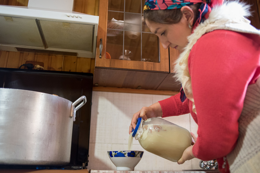Как делают балкарский сыр