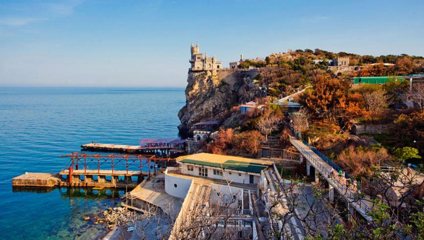 Украина в бешенстве: в Крыму нет отбоя от туристов