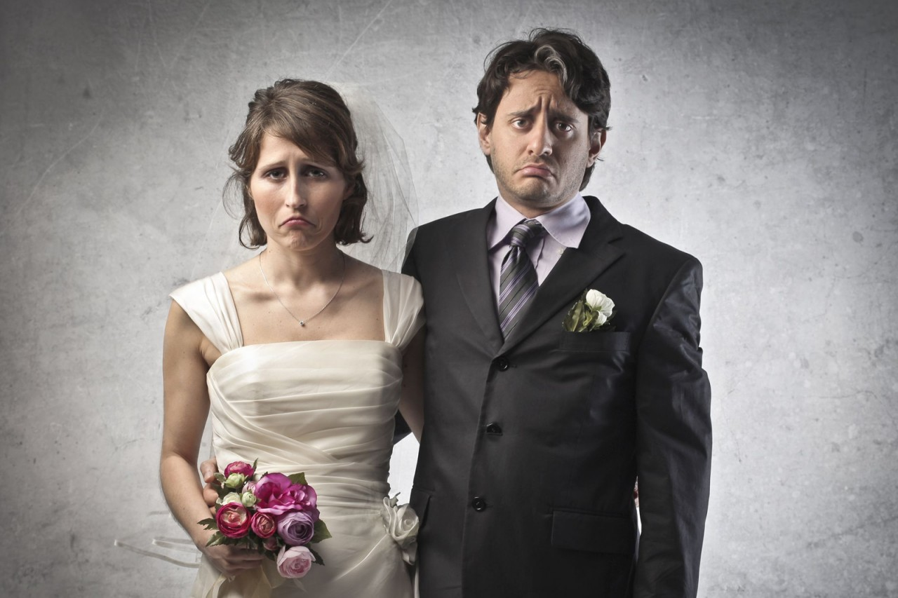 unhappy marriage You're unhappy in your marriage, but you've decided to stay it's been a gut-wrenching decision, and you're beginning to wonder how you can stay and keep your sanity.