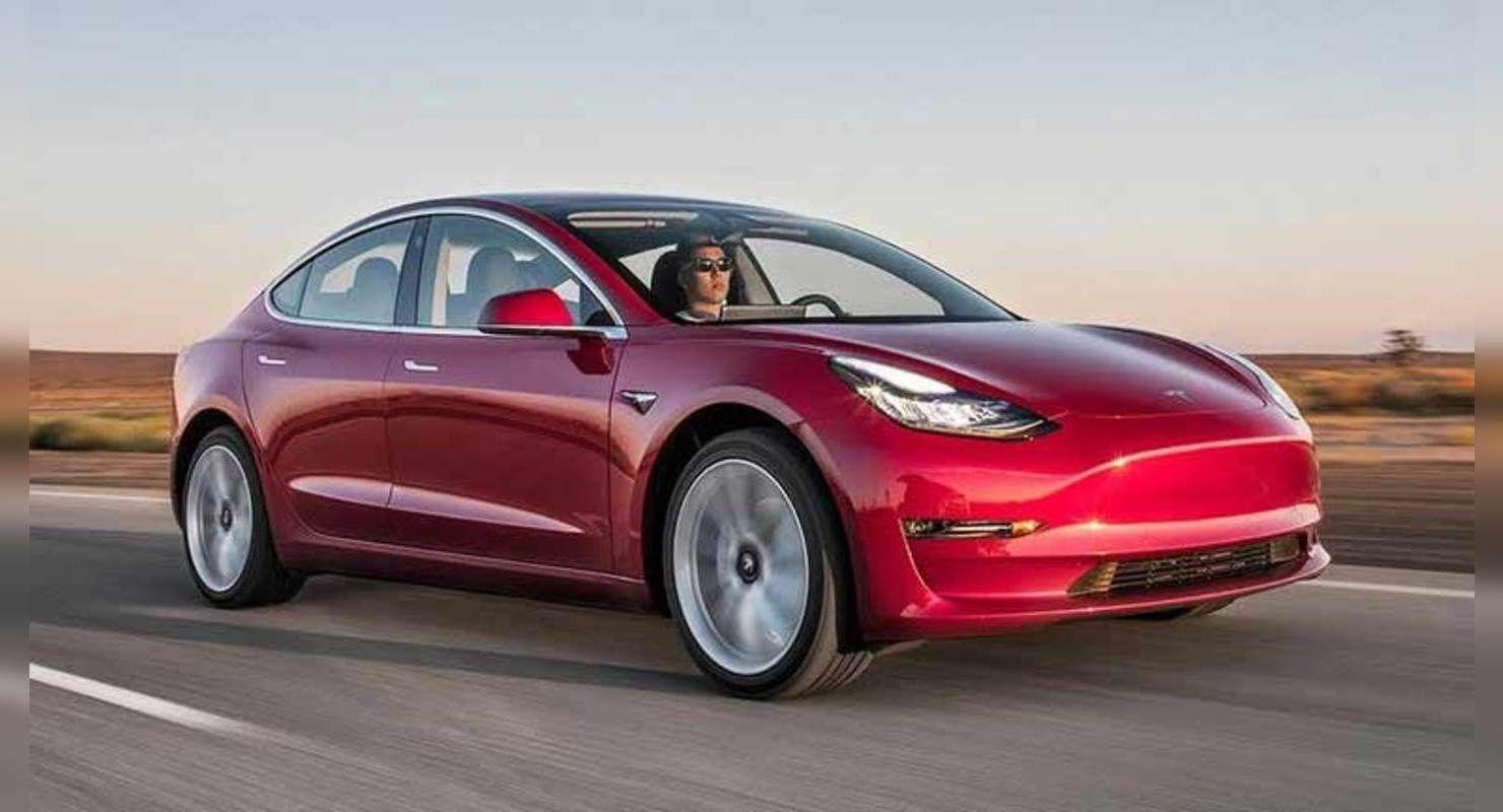 Водители Tesla путают педали и попадают в ДТП Автомобили