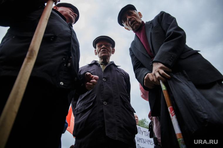 Государству придется вернуть пенсионерам недоплаченные миллиарды. Сотни тысяч человек не знают о положенных доплатах