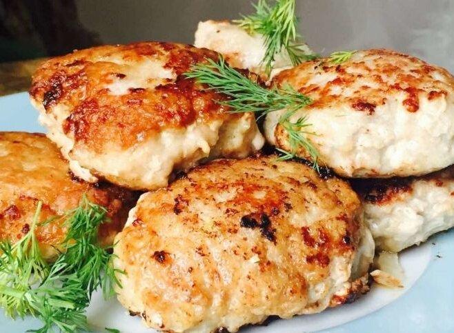 Беру скумбрию и готовлю потрясающие ленивые котлеты без мясорубки рыбные блюда