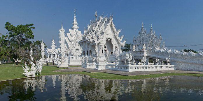 Белый храм Ват Ронг Кхун: удивительный и необычный буддийский храм