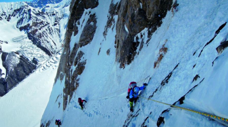 Чогори: гора сложнее и опаснее Эвереста альпинизм,восхождение,гора,К-2,места,Пространство,Путешествия,Чогори,Эверест,экспедиция