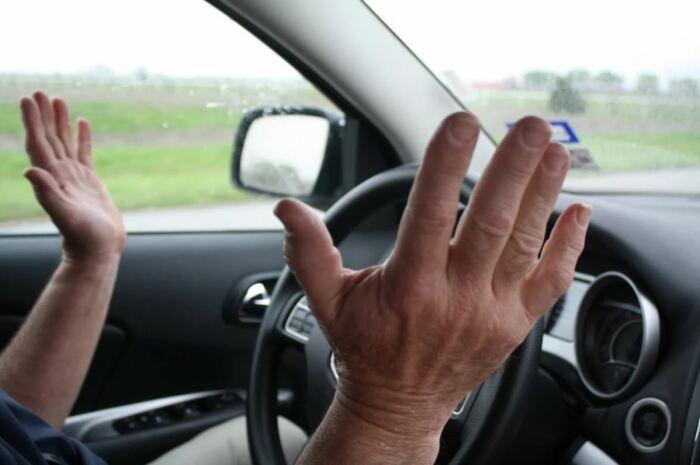 Брал автомобиль, а получил ведро: как нас обманывают при выборе подержанного автомобиля автомобили,водители