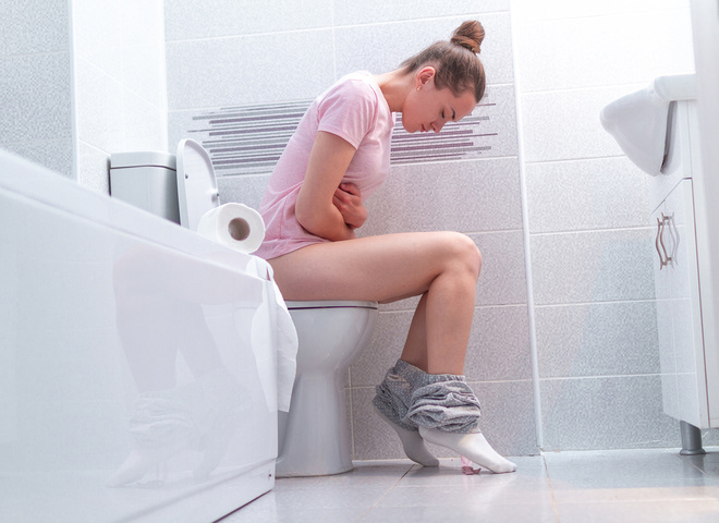 Стул с кровью: причины появления крови в кале и как лечить болезни,здоровье,медицина,стул с кровью