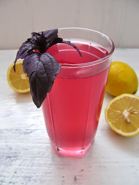 Напиток из фиолетового базилика  напитки