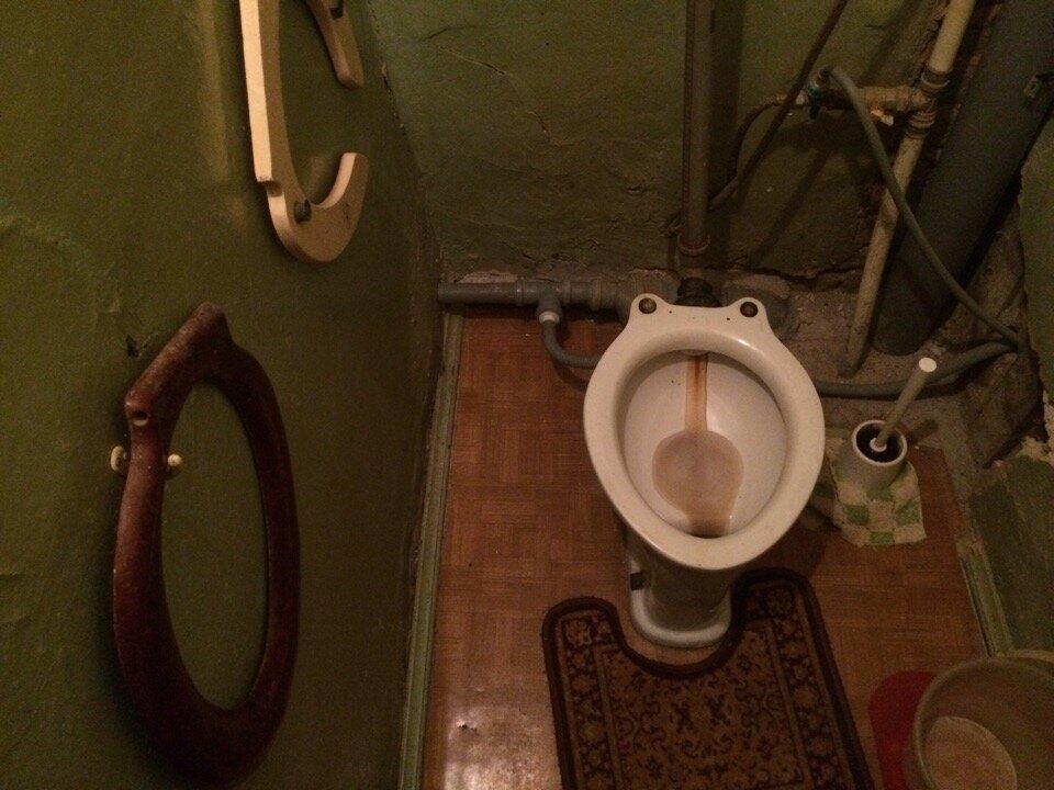 Показала американцу фото обычной питерской коммуналки. 3 вещи, которые его удивили