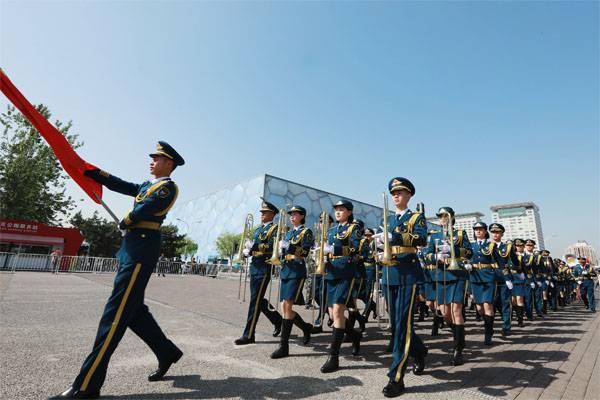 Пекин - Вашингтону: Хватит тиражировать абсурд о китайской армии