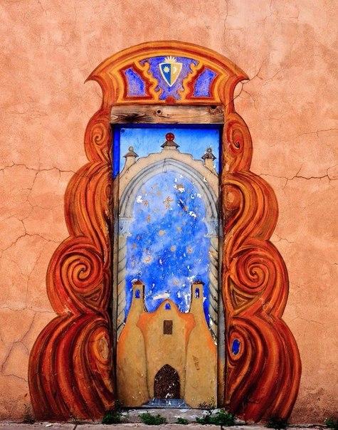 Для вдохновения. За каждой дверью, какой бы она ни была, находится целый мир.