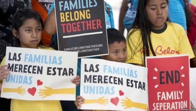 США: Политика «нулевой терпимости» дала сбой, пришлось вернуть более 500 детей!