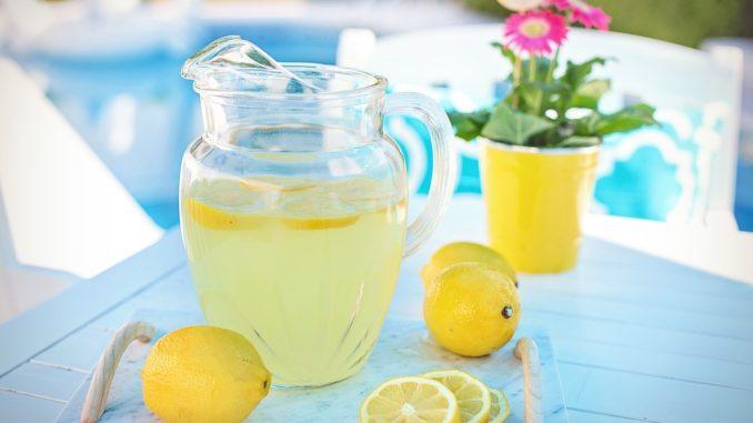 Стоит ли пить воду с лимоном…