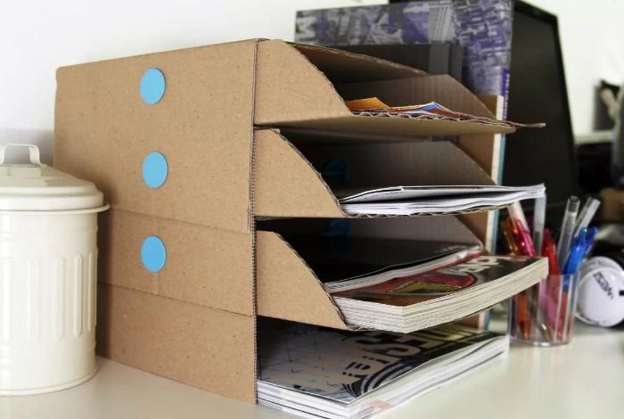 Картонная подставка для журналов. | Фото: Pinterest.