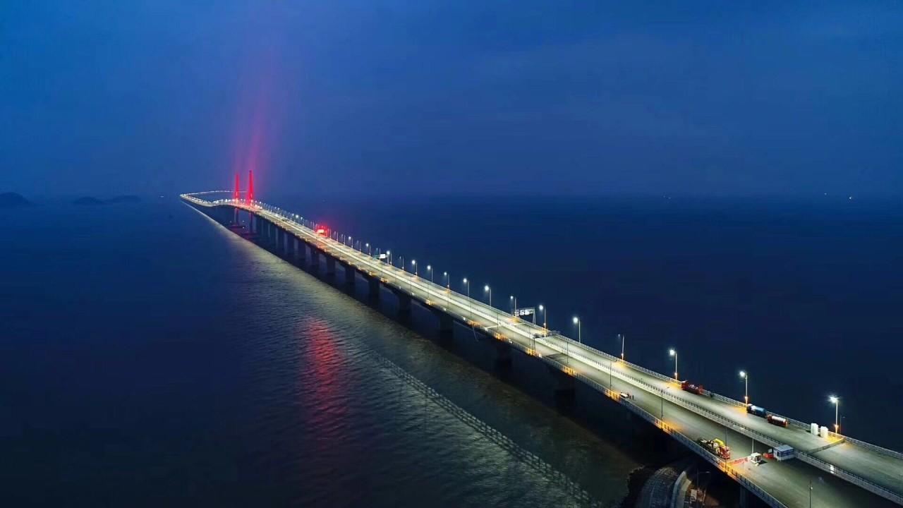 Китайский 55-километровый мост